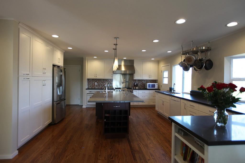 new facing kitchen stove 2